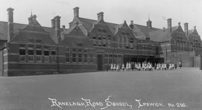 George, Ned and Arthur all enlisted at this school, probably the main recruiting centre for south-east Suffolk. After one night here George was sent to the Regiment's home depot at Gibraltar Barracks, Bury St Edmunds. Ned and Arthur spent at least a week at Ranelagh Road before transferring to Shoreham